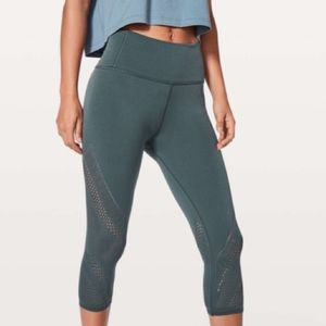 "Lululemon Reveal Crop Interconnect *18"" Dark Teal"